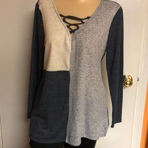 Tops - Soft multi color top